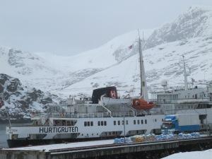 MS Lofoten in Havøysund
